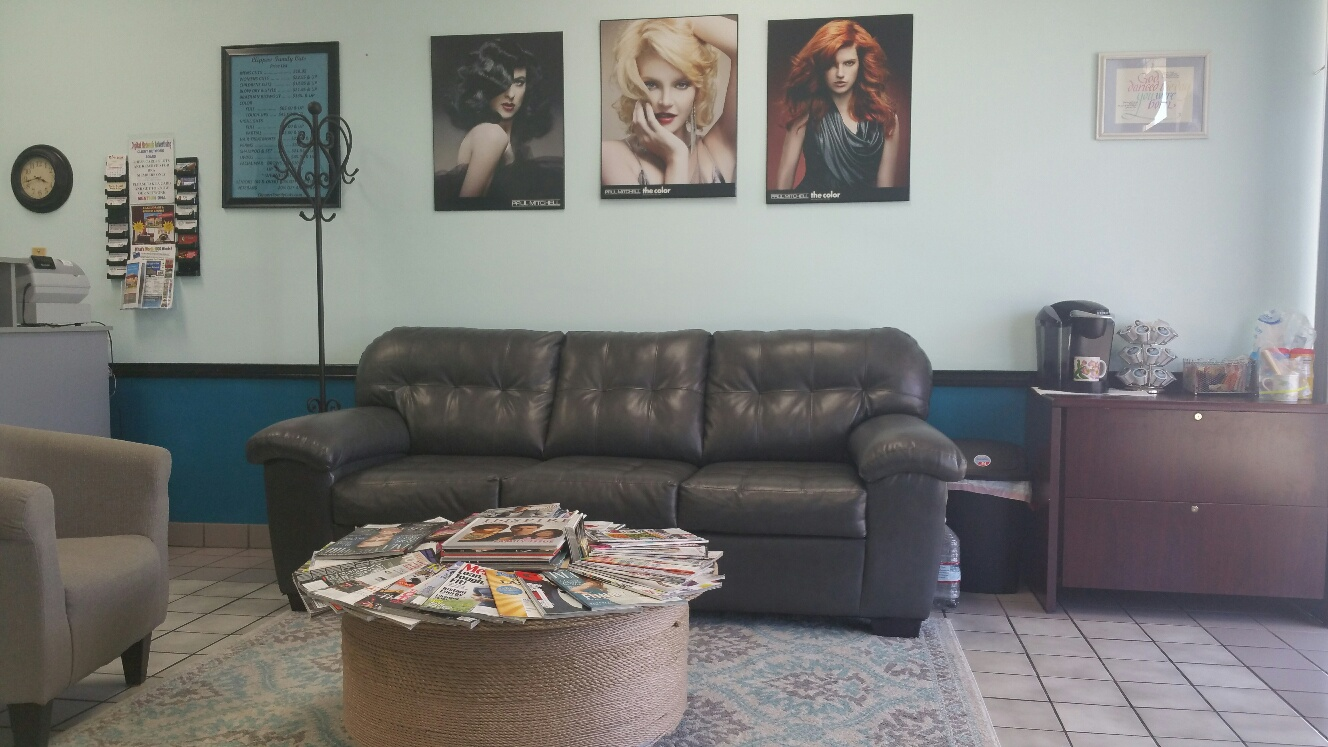 New Lounge Area at Clippers Family Cuts Yucaipa